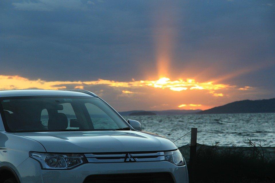 Продажи автомобилей марки Mitsubishi растут с каждым месяцем